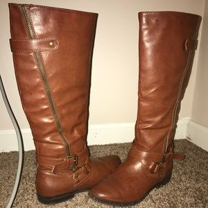 Brown fake leather boots Size 7.5